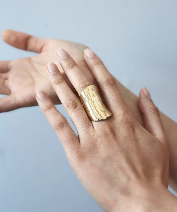 Gold Leaf Ring - Earrings Chorthip