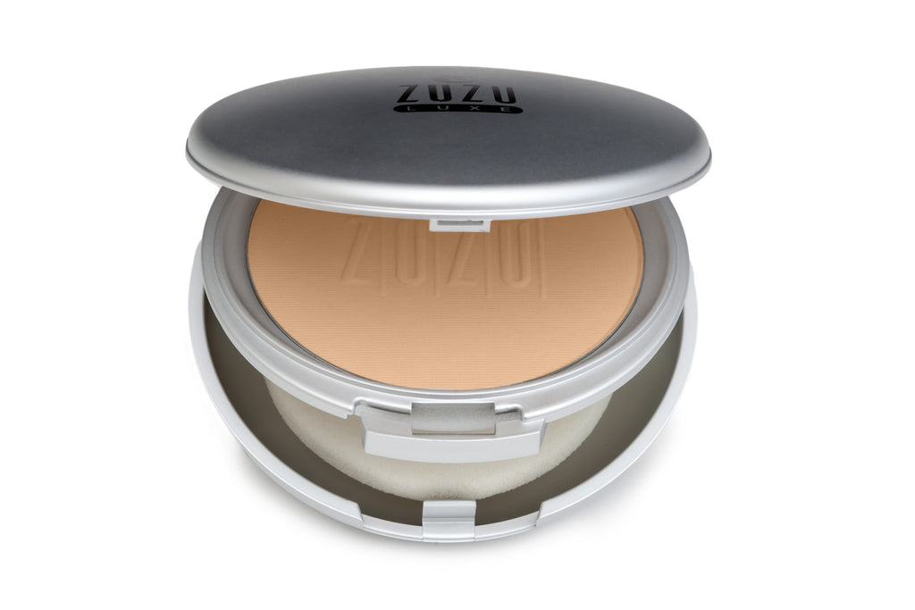 Zuzu Luxe Dual Powder Foundation D-17 - Light to Medium Skin - Beige Undertones - 9g