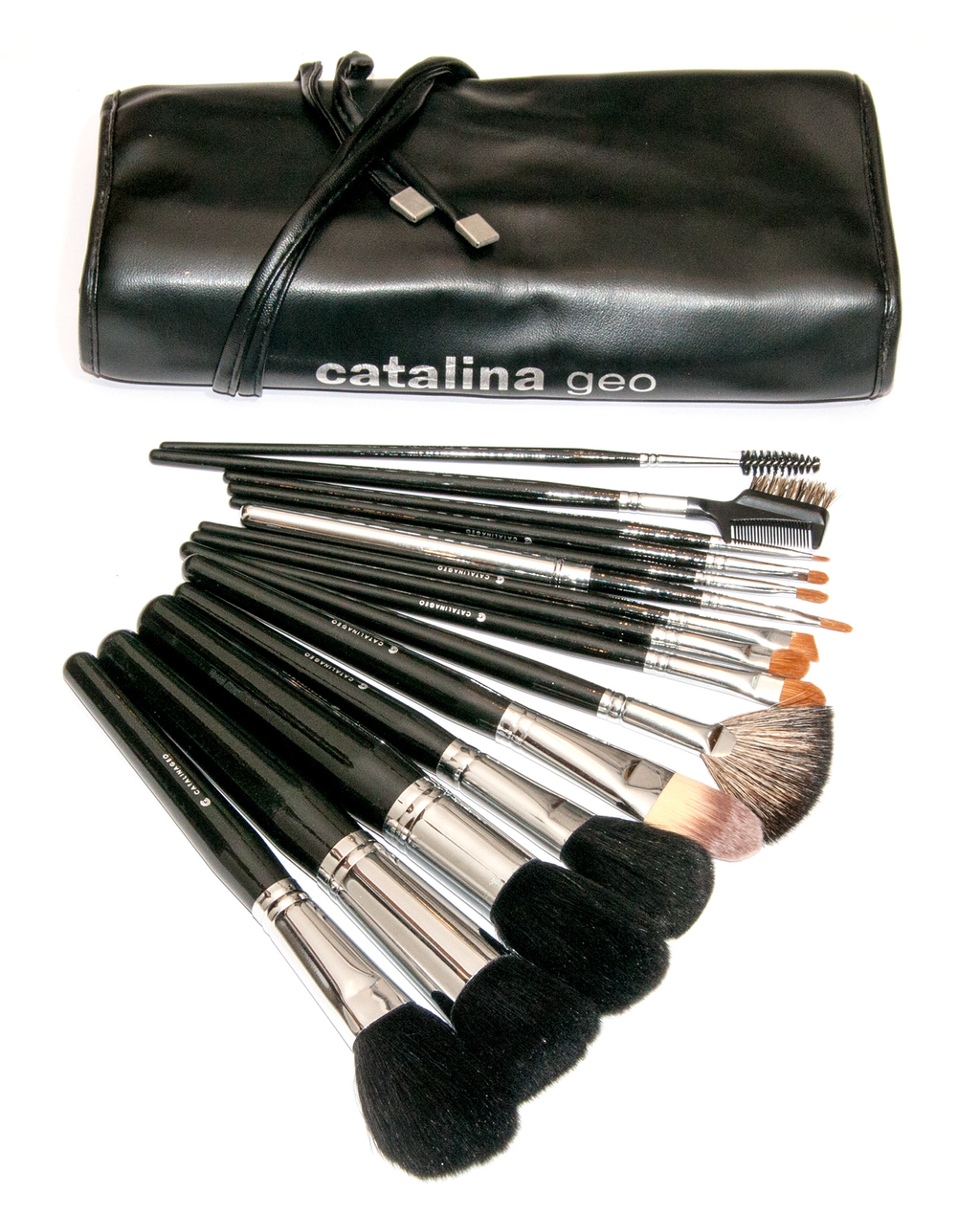 catalinageo make up brushes Catalina Geo Professional Brush Scroll Set