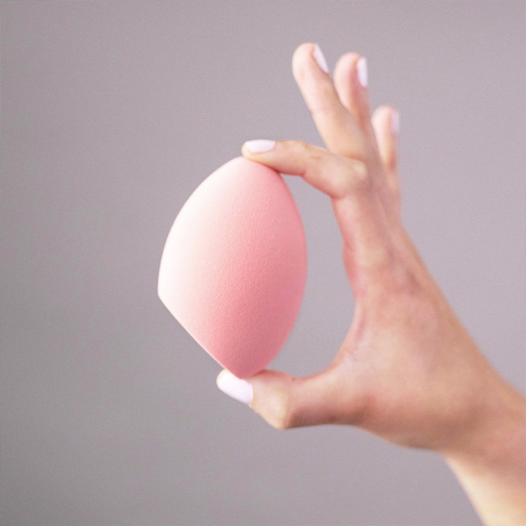 Real Techniques makeup sponges Real Techniques Miracle Face + Body Sponge