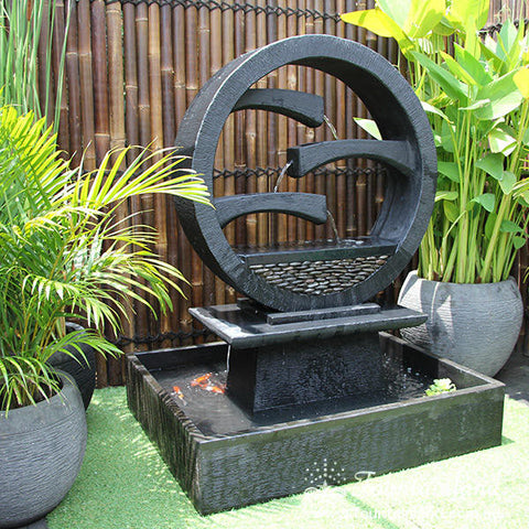 Wagon Wheel Concrete Modern Water Feature - Large