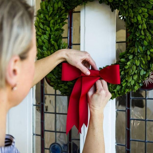 Hamptons Home Preserved Boxwood Christmas Wreaths