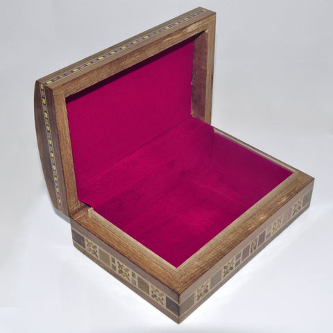 Rectangle engraved box