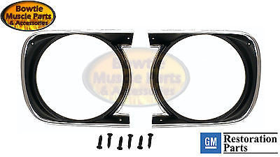1968 68 CAMARO STD HEADLIGHT HEADLAMP BEZELS BEZEL WITH SCREW STRIM SS Z28 PAIR
