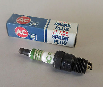 AC SPARK PLUGS R42CTS VINTAGE GREEN STRIPES