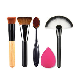 Foundation Brushes, Oval, Fan Brush and Puff Combo