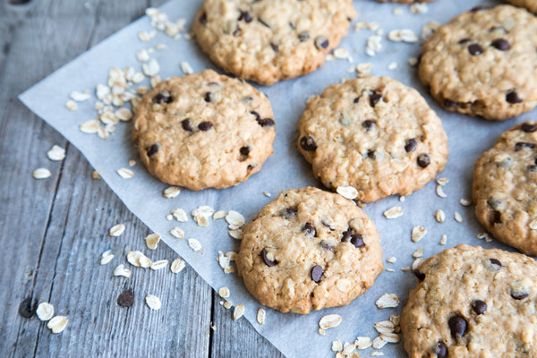 Salted Oatmeal Cookie with Dark Chocolate (1-Dozen)