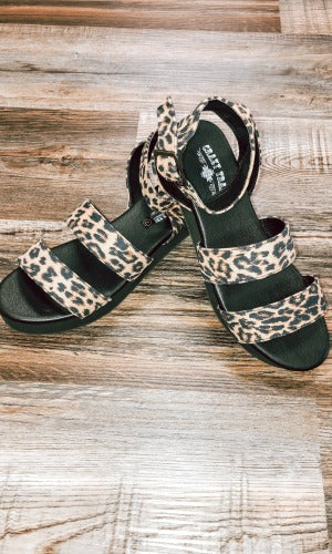 Crazy Train- Leave It to Leopard Sandals