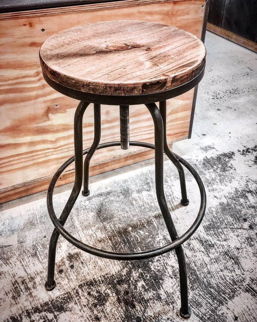 Vintage Wood top Classic Metal Bar Stool in set of 2 pieces