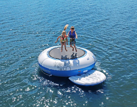 O-Zone water Trampoline Bouncer with platform by Rave Sports 2 kids jumping