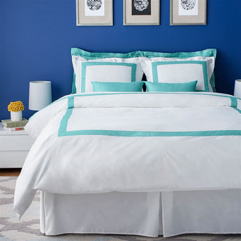 LaCozi White Cotton Sateen Hotel Collection Duvet Cover Set in Powder Blue