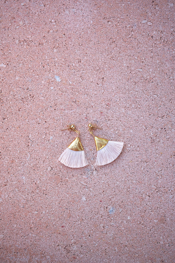 Earrings with tassels -flat - soft pink - Evie