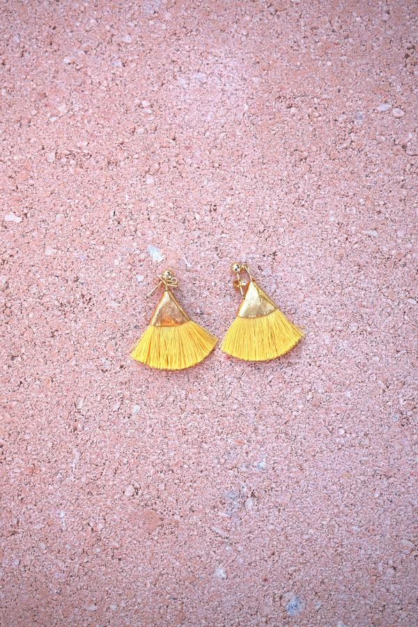 Earrings with tassels -flat - yellow - Evie