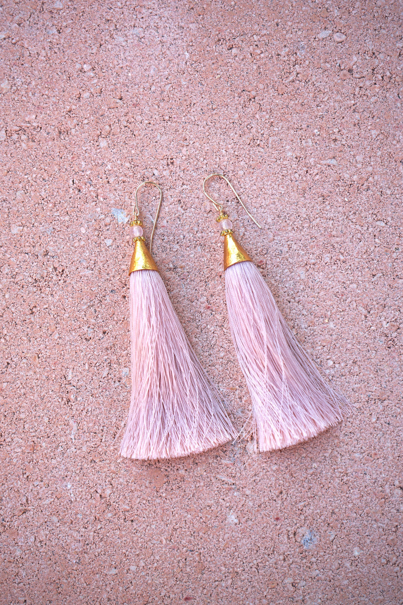 Earrings with tassels - long - soft pink - Isla
