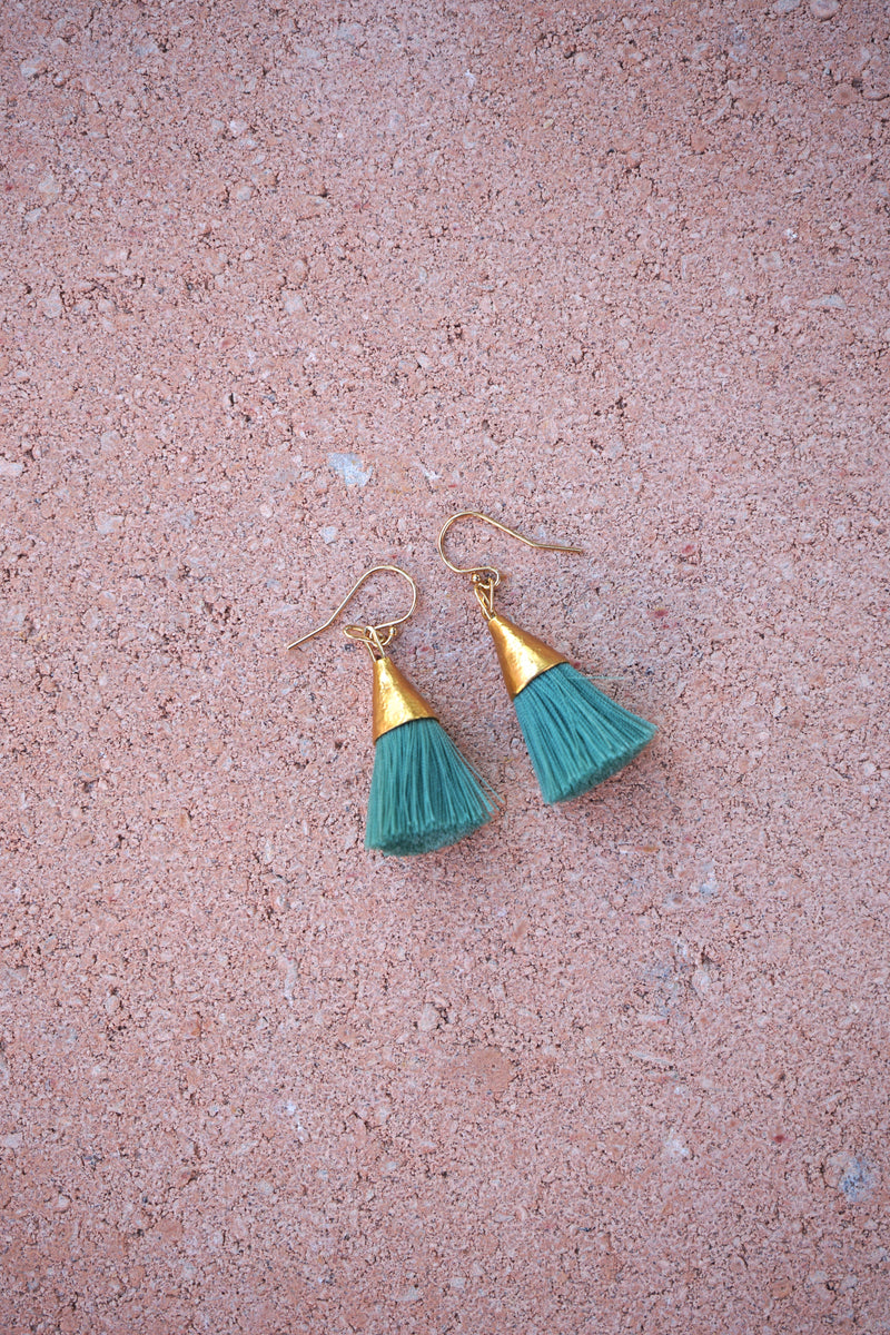 Earrings with tassels - small - pine green - Sophia