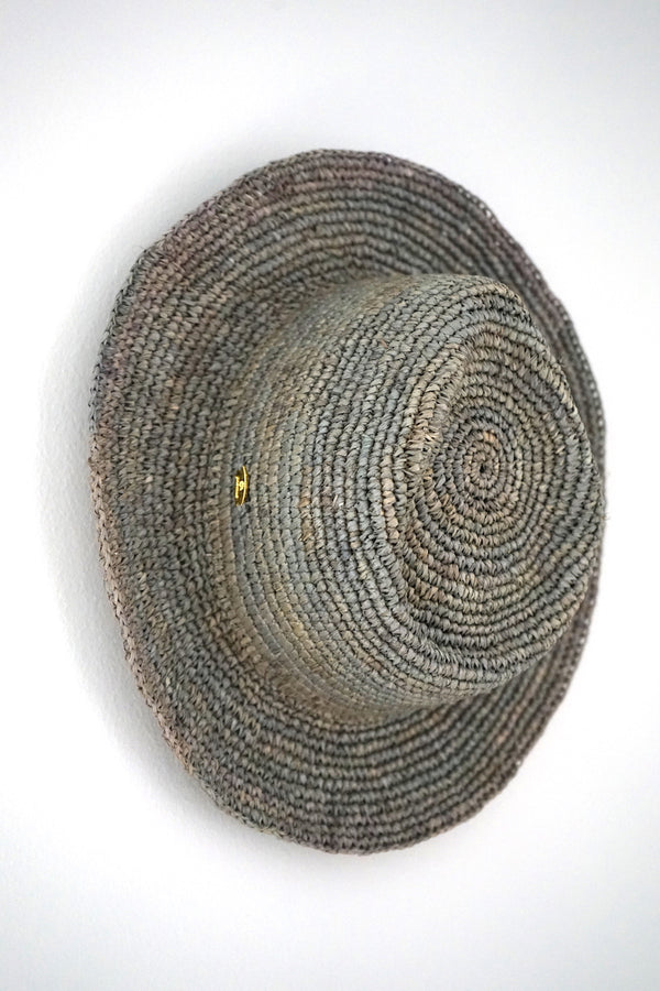 Hat made from raffia - Panama style - grey