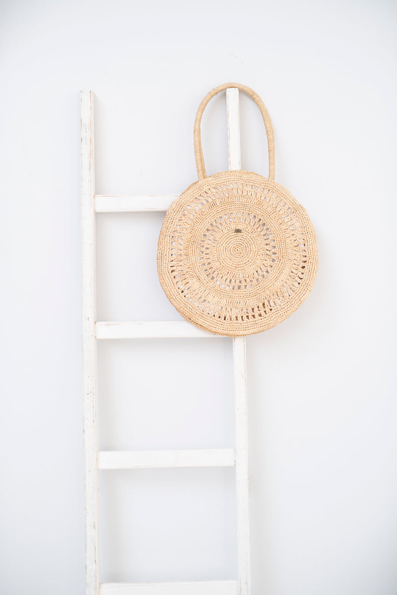 Raffia round tote - Laila - natural colour