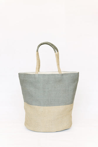 beach bag handmade from jute in grey and blue