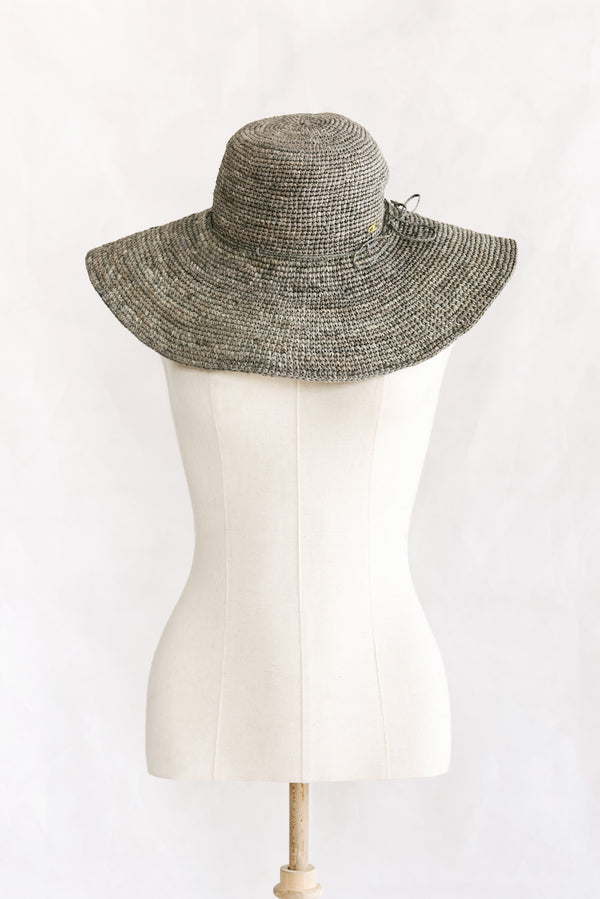 Hats - wide brim - made from straw - grey - Mantasoa