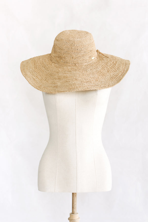 Hats - wide brim - made from straw - beige - Princess Bora