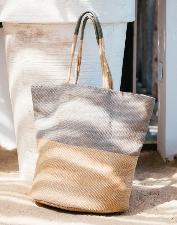 sustainable fashion, dubai, fair trade, eco friendly, fair fashion, slow fashion, authentic fashion, eco friendly, bag, jute bag, tote, beach bag, handmade, hand dyed, natural dye, empowering women, fashion revolution