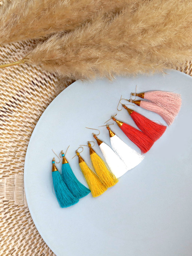 Earrings with tassels - long - white - Isla