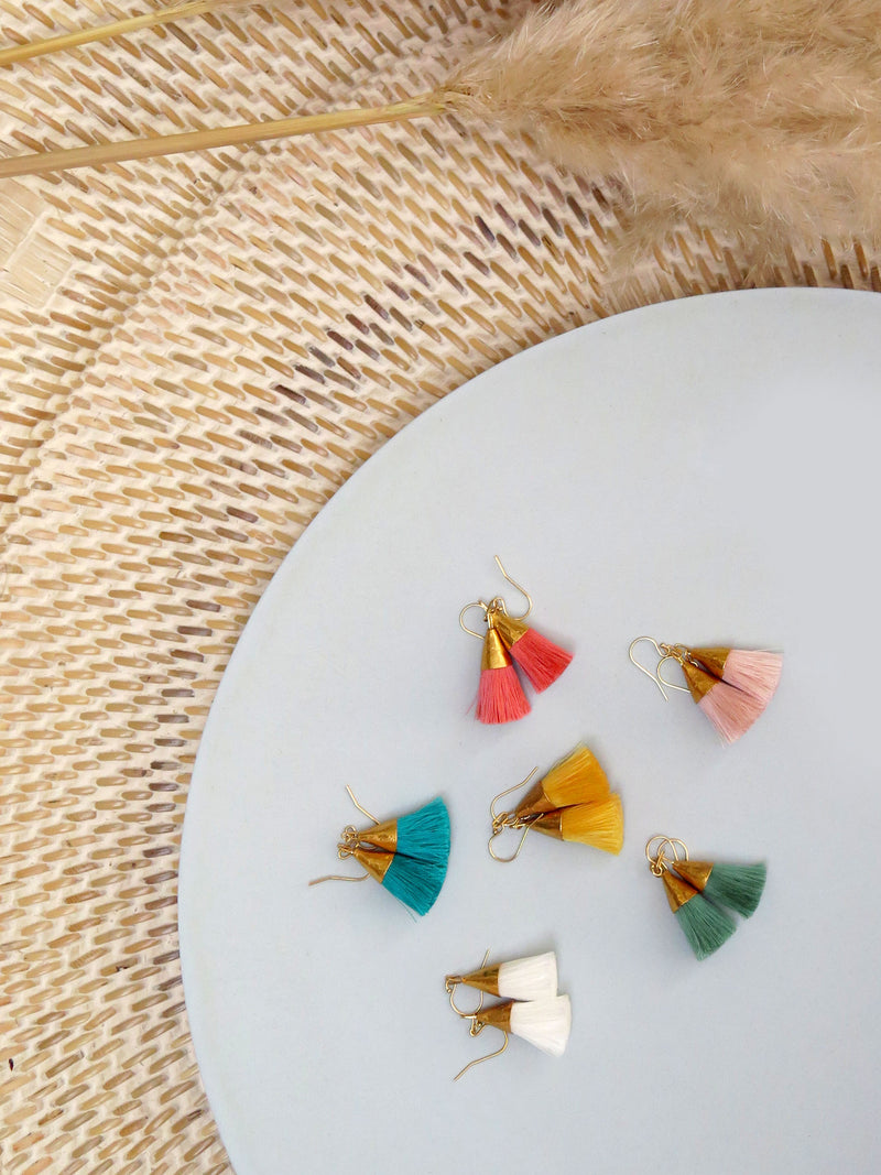 Earrings with tassels - small - coral - Sophia