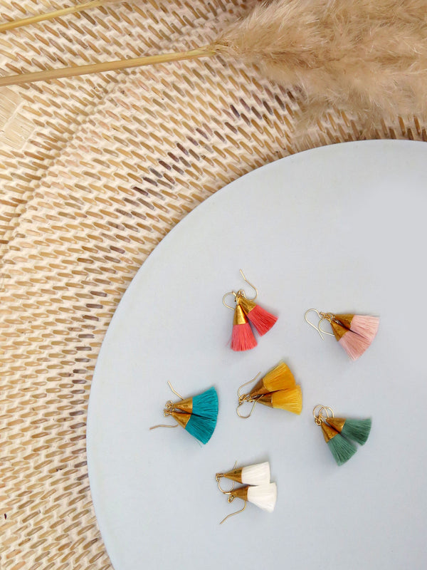 Earrings with tassels - small - soft pink - Sophia
