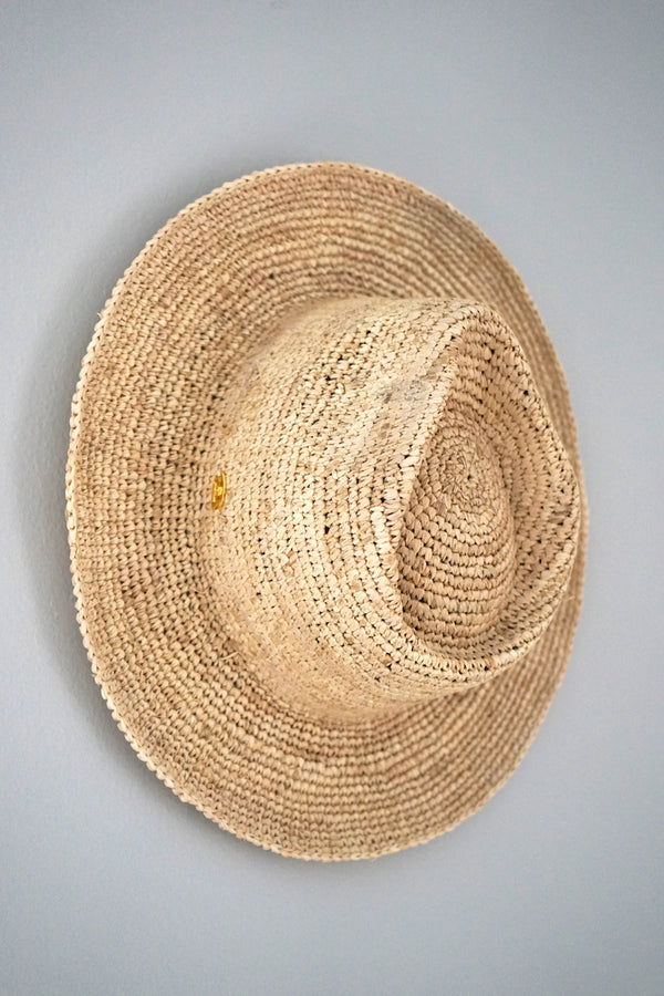 Hat made from raffia - Panama style - natural
