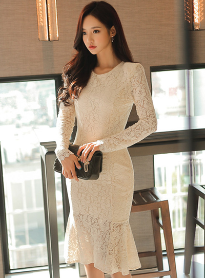 Tonia Round Neck Fishtail Bodycon Lace Dress