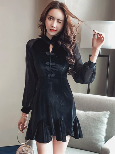 Cornelia Cheongsam Buttons Gauze Sleeve Fishtail Velvet Dress