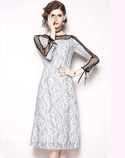 Khris Gauze Shoulder Splicing Floral Lace Dress