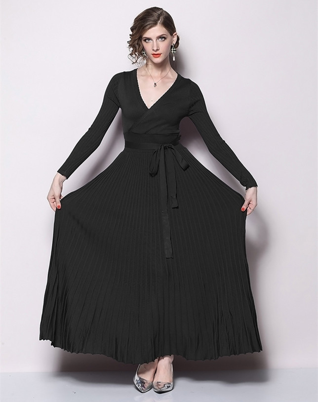 Guada Tie Waist Pleated Knitting Maxi Dress