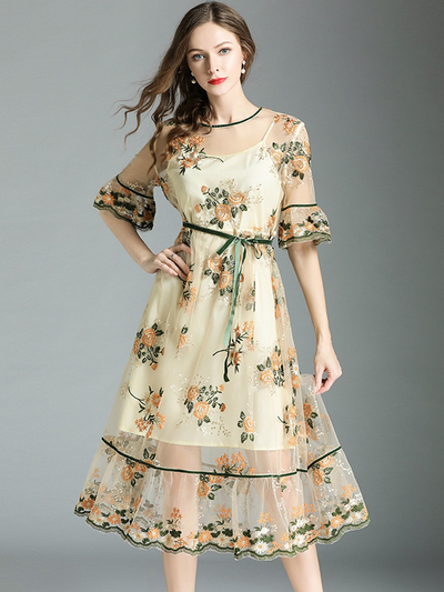Jhelline Floral Embroidery Gauze Flouncing Dress