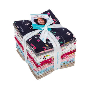 Moments Fat Quarter Bundle – 21 pieces