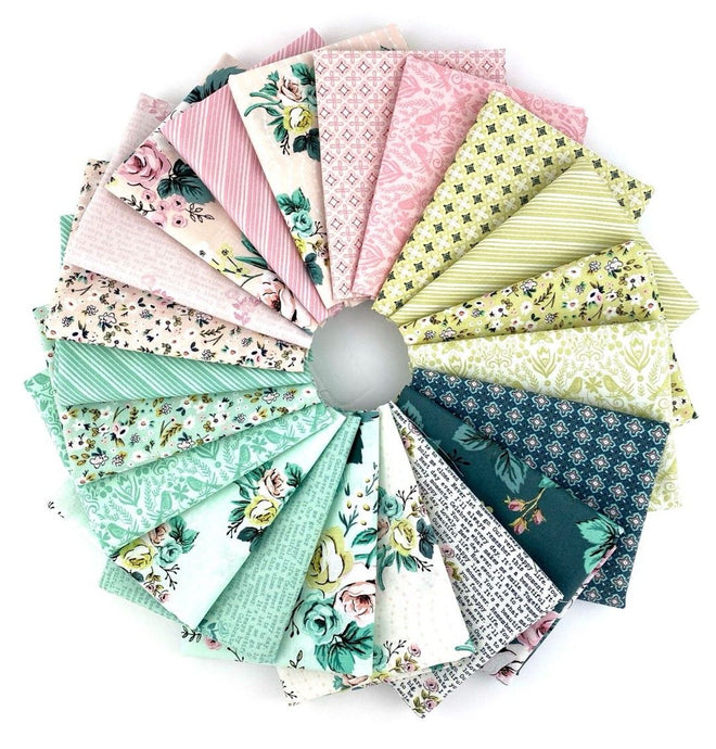 Splendor Fat Quarter Bundle – 21 pieces