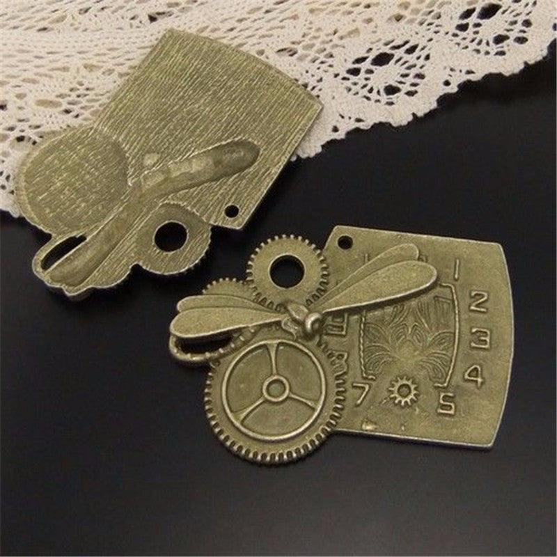 Steampunk Jewelry Stamina Charm - 5pcs