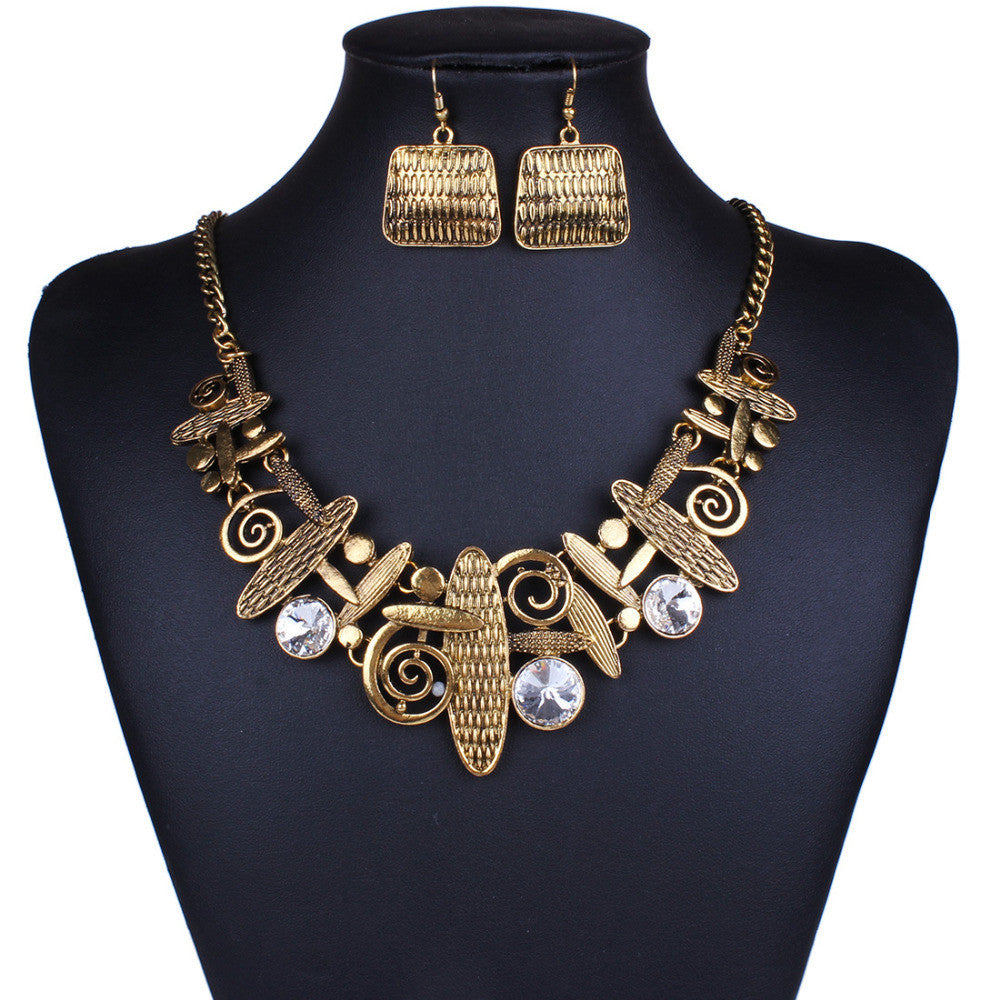 Steampunk Metal Necklace with Earrings
