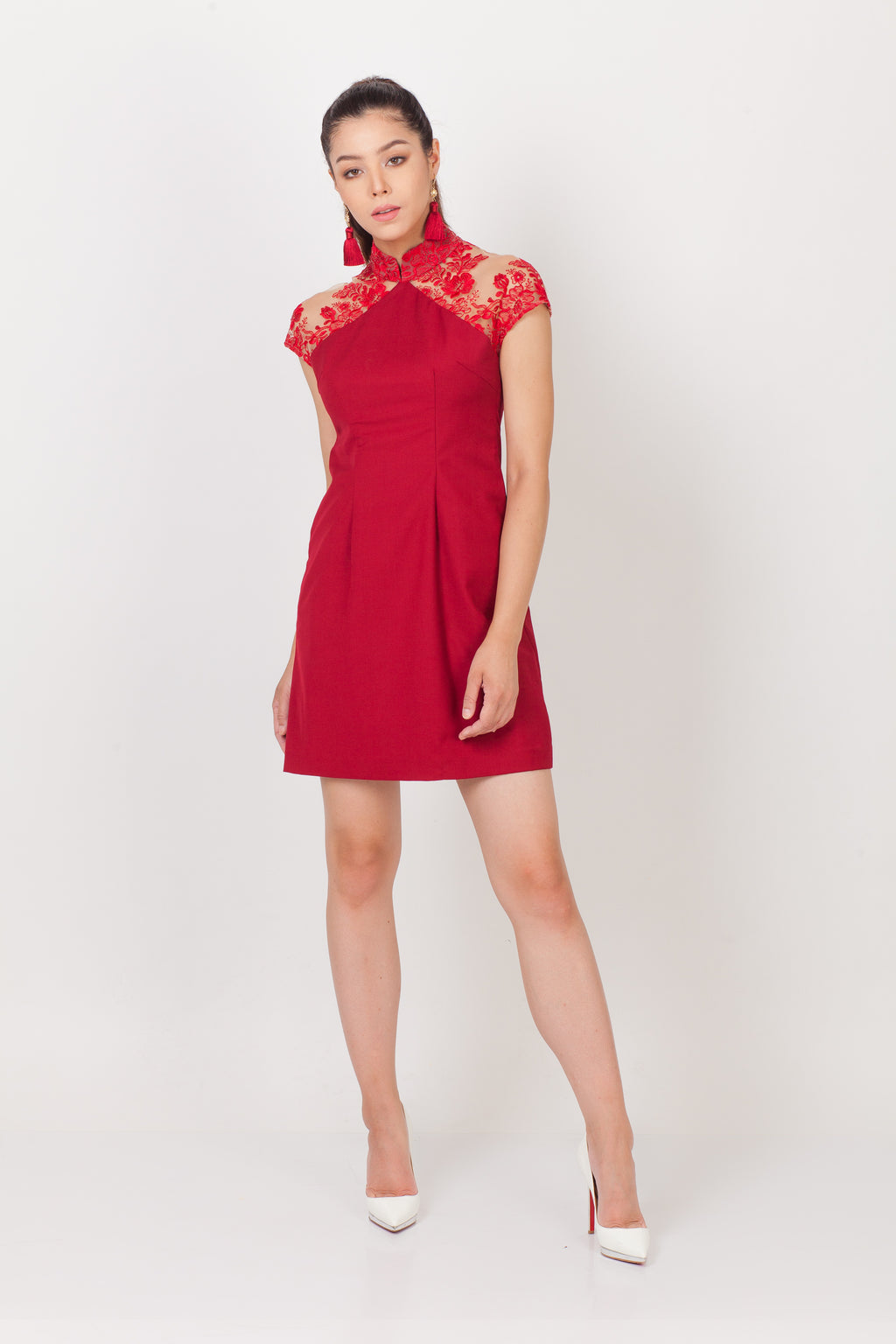 Qipology Lace Mini Qipao
