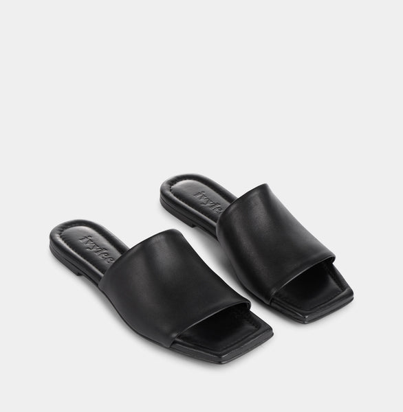 Ivylee Copenhagen India Sandals Black