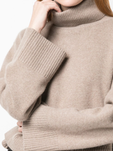 Cropped cashmere t-neck sweater