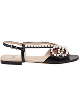 Bow pearl, flat sandal in black
