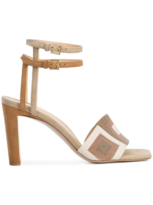 Lowery sandal