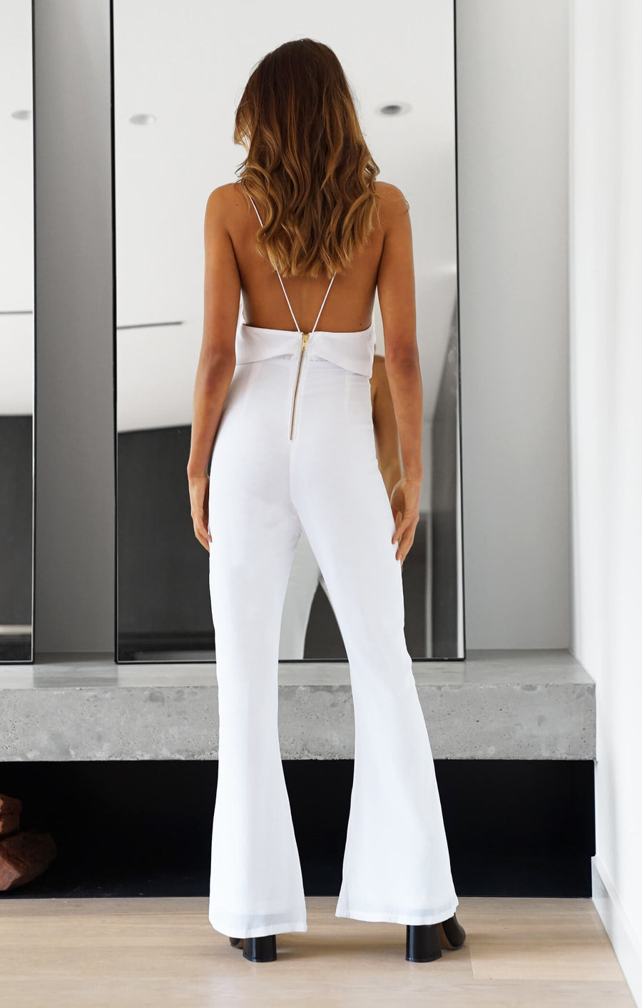 THE CLASSIC JUMPSUIT - WHITE