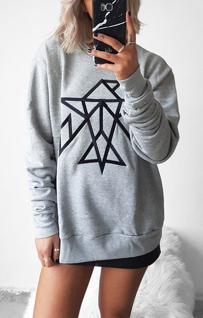 THE SIGNATURE BOYFRIEND JUMPER - GREY