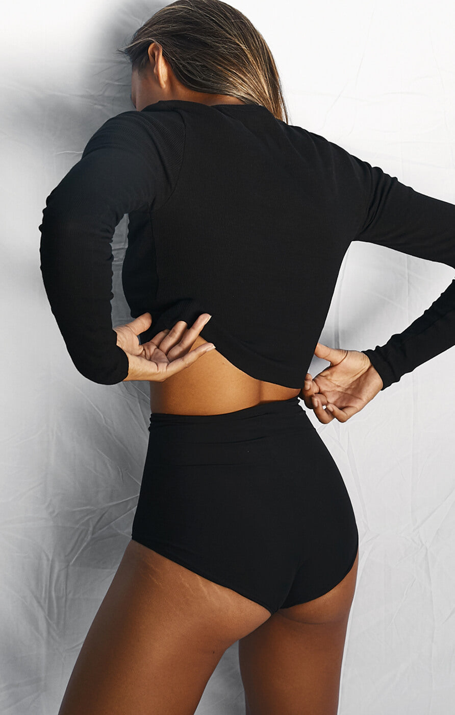 THE RIBBED LONG SLEEVE - BLACK