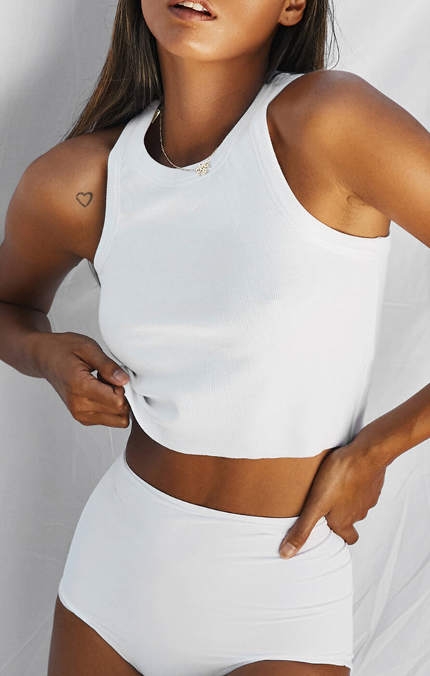 THE RIBBED MUSCLE CROP - WHITE