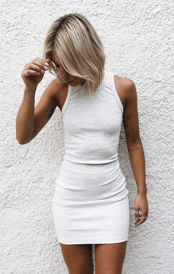 THE RIBBED MUSCLE DRESS - ICE GREY