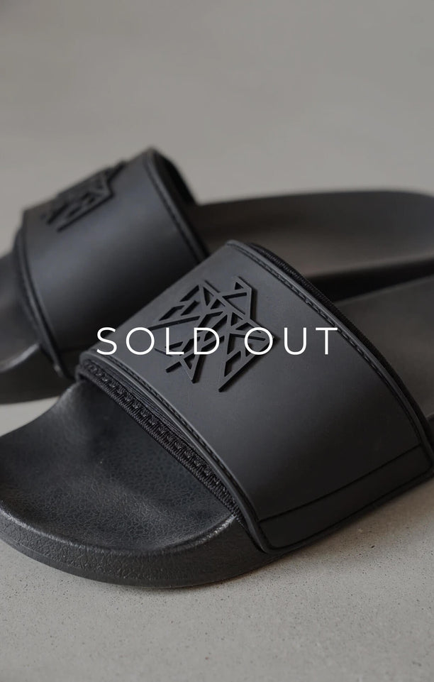 THE SIGNATURE SLIDES - BLACK