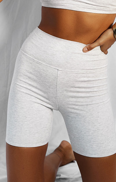 THE LUXE BIKE SHORT - ICE GREY